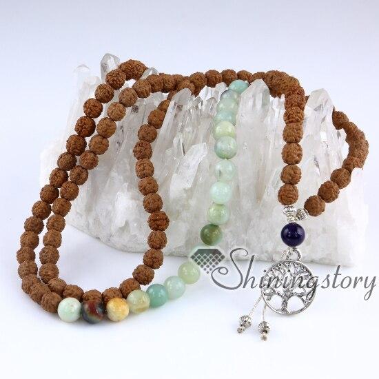 collier de perles bouddhiste