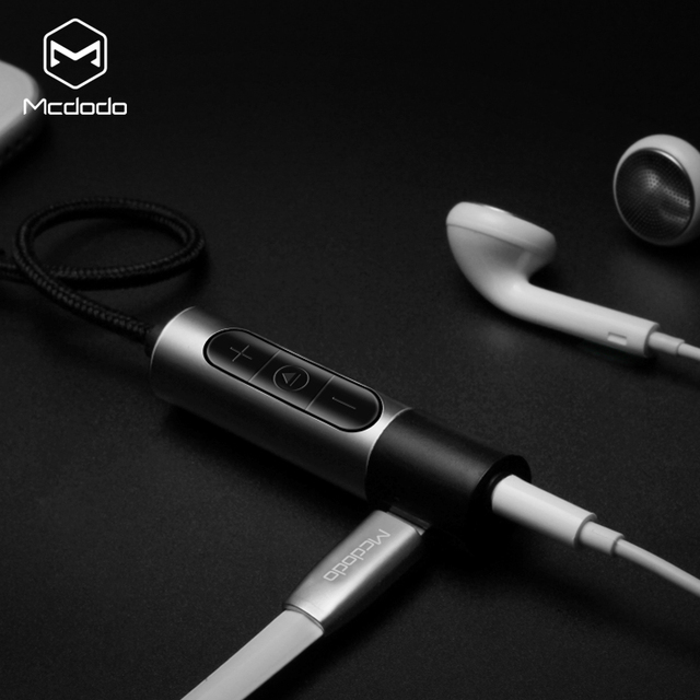 Mcdodo 16cm lighting to 3.5mm Headphone Jack Adapter Charging Cable Earphone Adapter for iphone7/7 plus