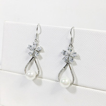 luxury wedding fashion design for women 925 silver C zircone  flower with teardrop pearl drop hook love earrings jewelry gift