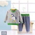 2016 зима новый с капюшоном трикотажные девушка sweaters2Pieces (Вершины + Штаны). это мода стиль дизайнера из последнего сезона