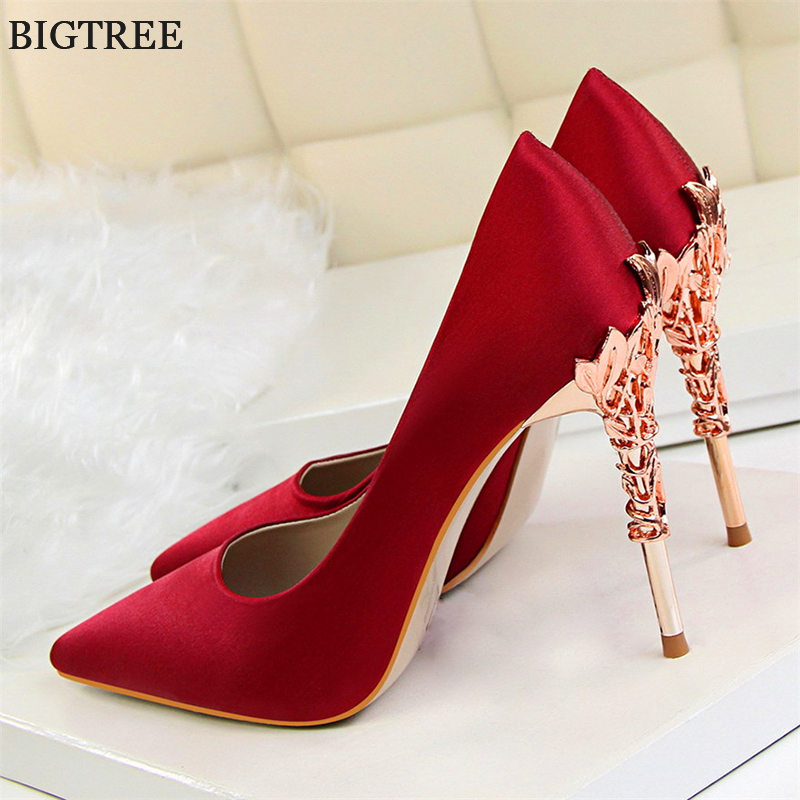 2018 Elegant Metal Carved Heels Women Pumps Solid Silk