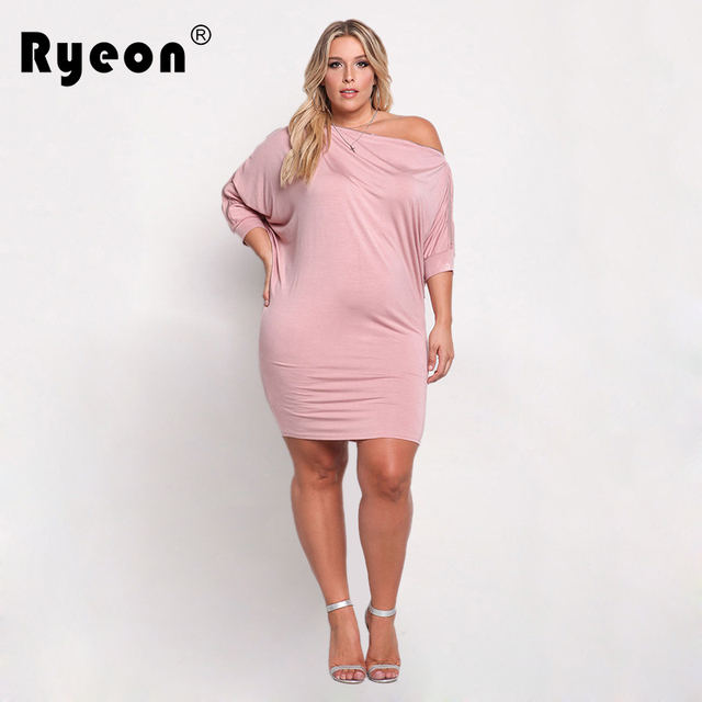 76a68df8b04e Ryeon Plus Size Outono Inverno Mulheres Mini Vestidos Tamanhos Grandes  ocasional Fora Do Ombro Meia Manga