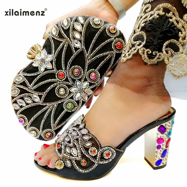 Fashionable Nigerian Shoes and Bag Set African Sets Silver Color Italian Shoes with Matching Bags for Royal Wedding Party