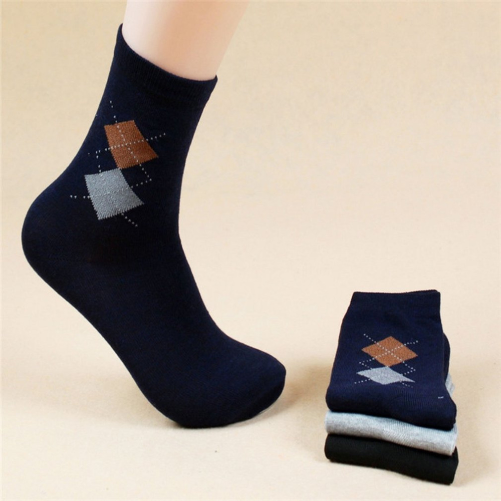 Winter Mens Warm Socks Male Comfortable Diamond Plaid Socks Durable Highly Absorbent Socks 1 Pair of Cotton Socks Random Color
