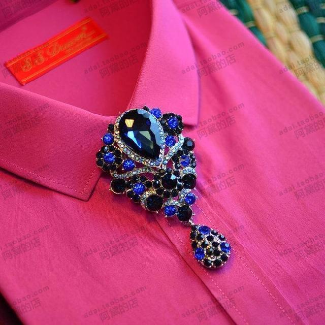 Novo Frete Grátis Dos Homens da moda masculina de metal cravejado colar de broca camisa borlas tie Bowties casal alternativa à venda