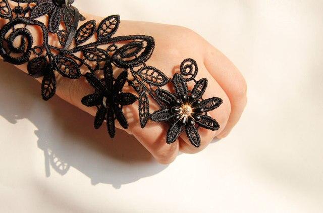 Gants de mariée en dentelle noire longue longueur dopéra avec perles sans doigts gants de mariage pour femmes gants doccasion formelle veu noiva longoG62