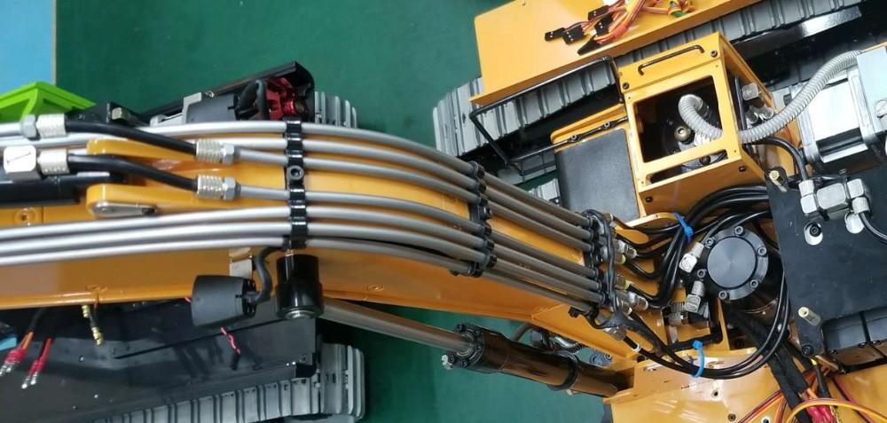 1/14 RC Metal Hydraulic Excavator 946 - wires
