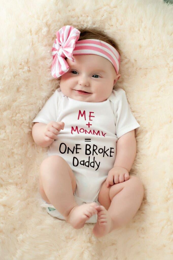 ME MUMMY = ONE BROKE DADDY BABY GROW GIFT FUNNY
