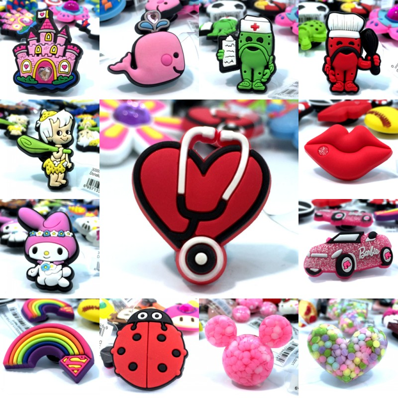 2pcs Lovely Cartoon High Immitation Shoe Charms Accessories Buckles Fit Wristbands Bracelets Croc Decor JIBZ Kids Party Gifts
