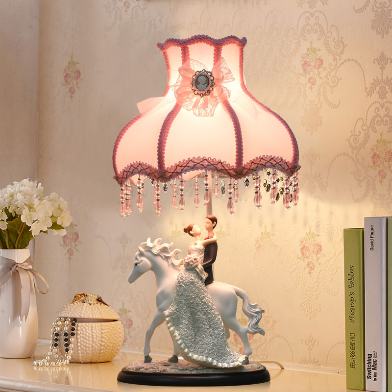Couple in wedding dress embraces Modern Led Table Lamps For Bedroom Living Room Bedside Resin Desk Lamp Luminarias Decor Lamp table lamps europe style with e27 holder for bedroom living room bedside table lamps desk lamp luminarias decorative lamp shade