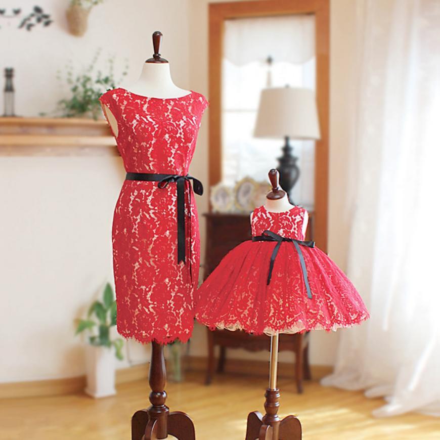 Bébé mère fille robe de mariée robe de bal rouge dentelle robe de princesse 2019 été Sexy sans manches robe veintage vestido Y939