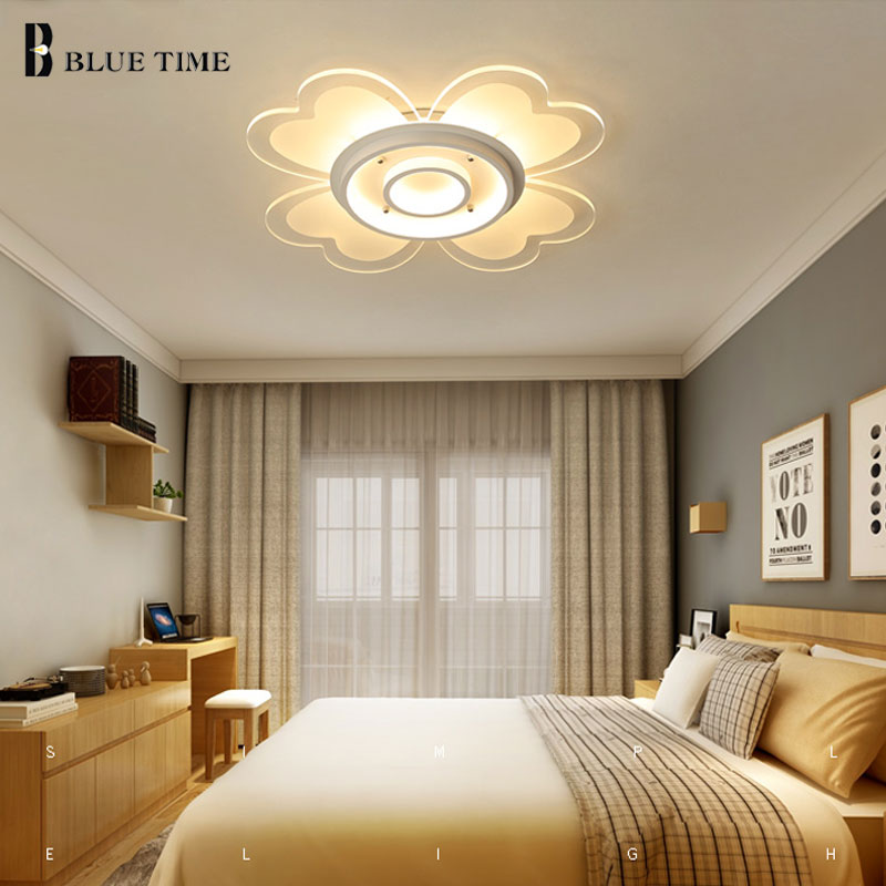 Beautiful Flower Acrylic Modern Led Ceiling Lights For
