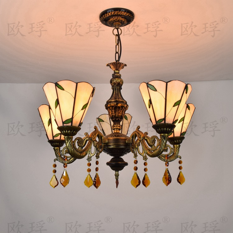 European 5 heads Living room dining room bedroom Crystal lamps Tiffany Stained glass Restaurant Pendant Lights 110-240V E27European 5 heads Living room dining room bedroom Crystal lamps Tiffany Stained glass Restaurant Pendant Lights 110-240V E27