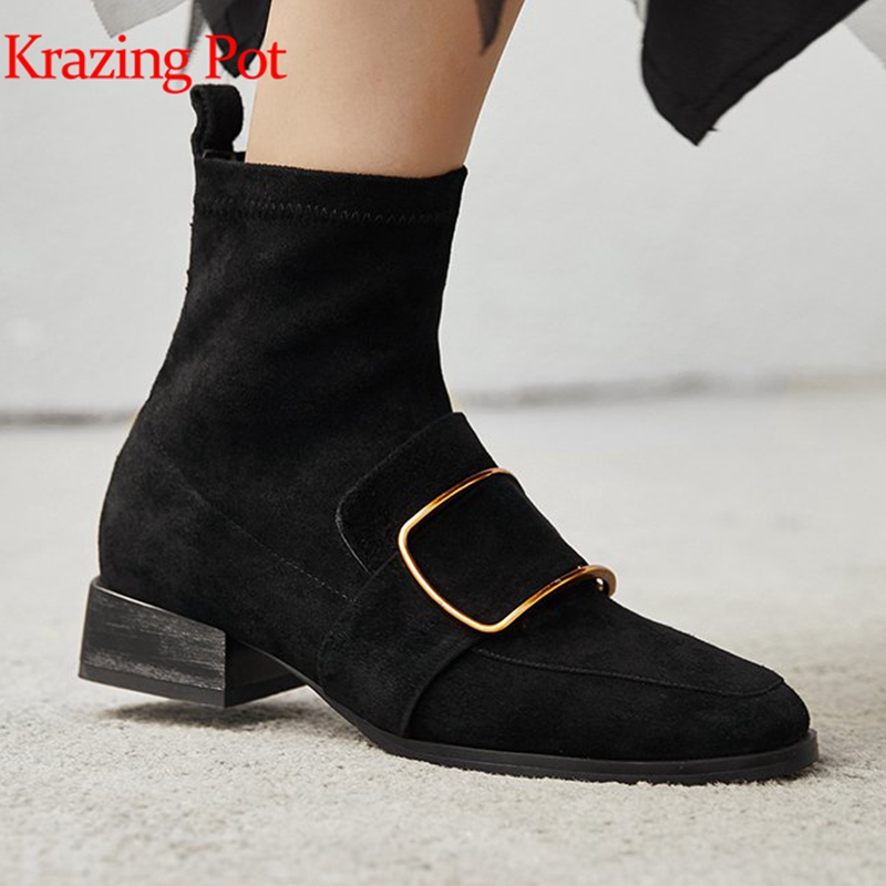 Krazing pot 2018 vintage genuine leather classic round toe med heels british style European square metal buckle ankle boots L38 krazing pot genuine leather 2018 round toe high heels metal fasteners motorcycle boots mature women round buckle ankle boots l26