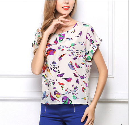 Free shipping 2017 Y&Q NEW Hot Sale Free Shipping Sexy Women Colorful Birds Chiffon shirt Batwing Loose Blouse Casual Tops XF-01