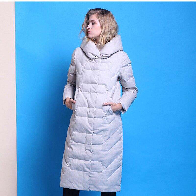 YNZZU Brand 2018 Winter Women's   Down   Jacket Elegant Long 90% White Duck   Down     Coats   Thicken Warm Hood Jacket Women Clothes O720