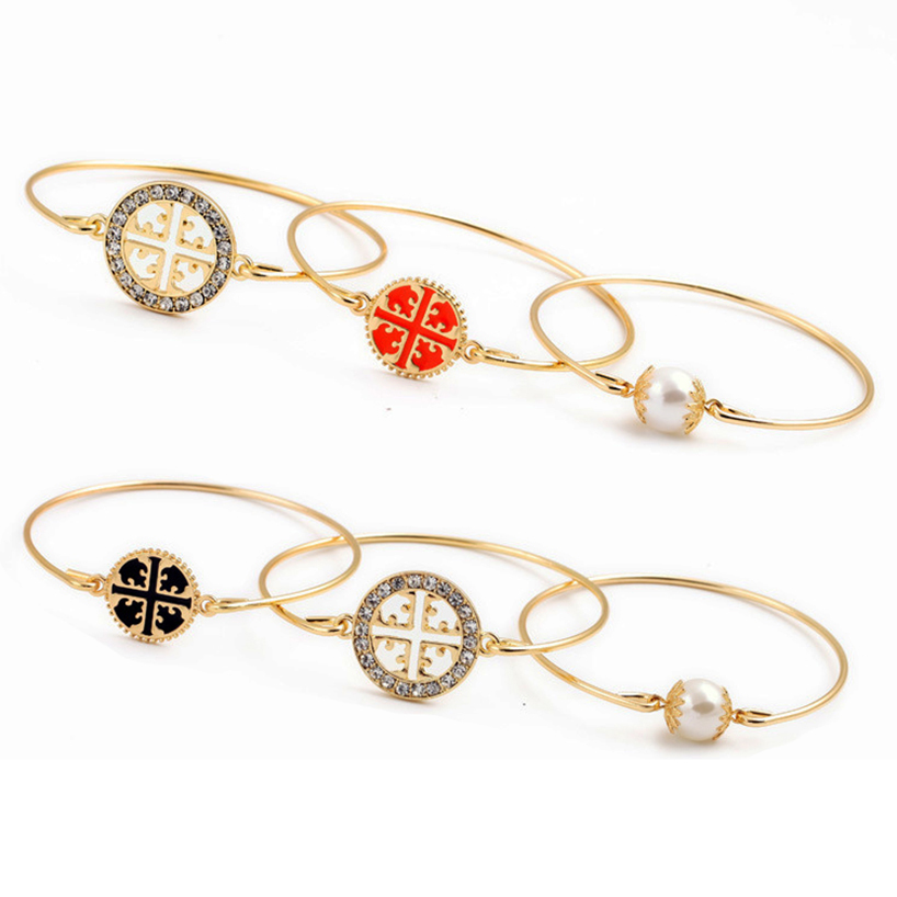 Hot Sparkling GOLD LOGO Bangle 3pcs Set Charm and Pearl Triple layered Bracelet rhinestone detail layered rings set 3pcs