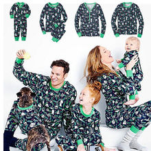 Family Christmas Pajamas Family Matching Clothes 2017 Mother Daughter Clothes Father Son Mon Outfits Baby New Year Family Look