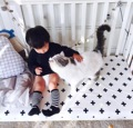 Tamanho grande preto branco padrão de cor capa de Colchão do bebê do algodão folha de cama equipada para meninos das meninas do bebê berço cama conjunto 140x70 cm