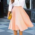Las mujeres de Cintura Alta Faldas Para Mujer de Falda 2017 de Primavera y Verano Lindo Color sólido OL Plisada saias Faldas A Media pierna Rosa Rojo Negro señoras