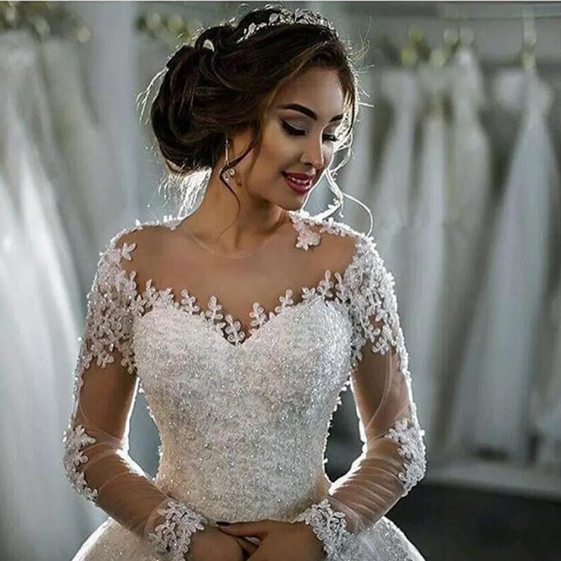 Vestidos De Noiva Lace Wedding Dresses 2016 Long Sleeve Boat Neck Button Appliques Ribbon Ball Gown Robe De Mariage Bridal Dress 2