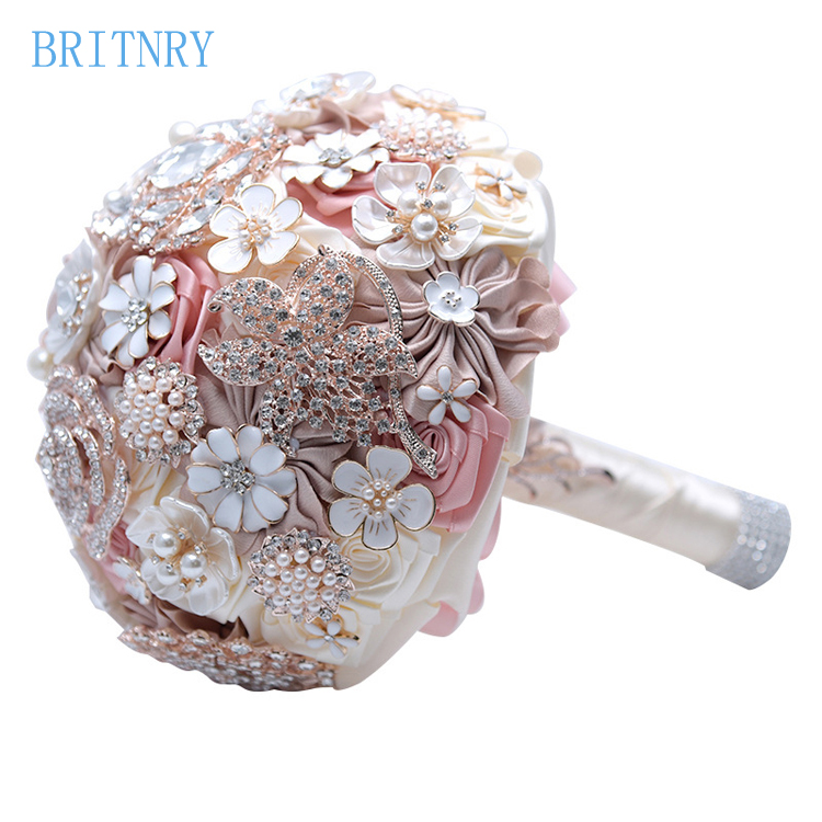 TB2wflIgBsmBKNjSZFFXXcT9VXa_!!1036529056  BRITNRY New Arrival Beaded Crystal Pearls Marriage ceremony Bouquet Handmade Excessive High quality Bridal Bouquet Stunning Flower Bouquet HTB1mfl3v29TBuNjy1zbq6xpepXaH