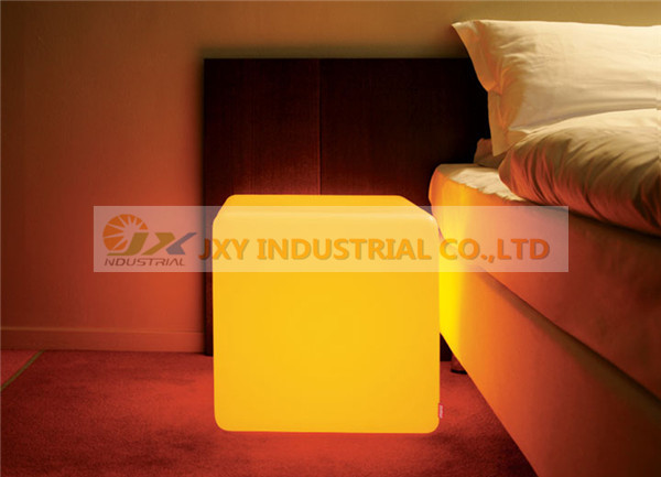 Mod.06-05-0-1-LED Cube indoor LED Yellow