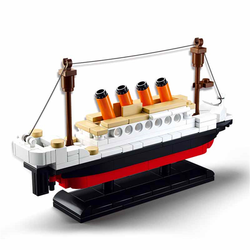 194Pcs RMS Titanic Ship Boat Model Building Block Toys SLUBAN 0576 DIY Figure Educational Gift For Children Compatible Legoe decool 7108 batman chariot superheroes bat tank building block 506pcs diy educational toys for children compatible legoe