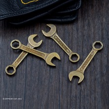 coppertist.wu Antique Bronze KeyChain Ring Alloy Spanner Wrench Shape Pendant Key Chain Car Bag Hang Retro Ornament retro us dollar money bag style zinc alloy key ring bronze