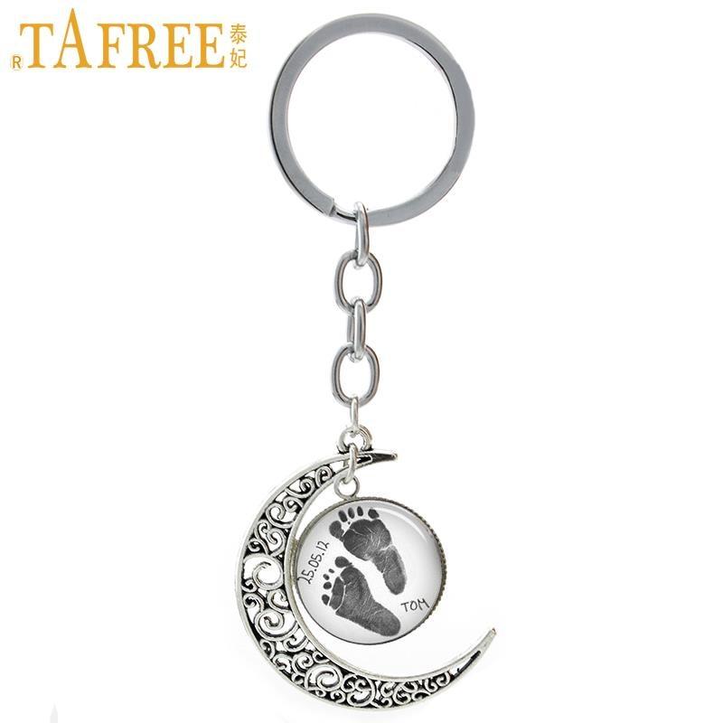 TAFREE Vintage lábnyom kulcstartó személyre szabott baba Név dátum egyéni Moon kulcstartó Apa anya anyja Ékszer a szerelmeseknek T395