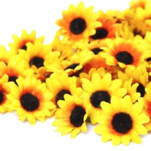 Image 5 - 100 個リアルな人工プラスチックヒマワリヘッドホームパーティーの装飾の小道具 (黄色)