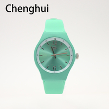 Reloj Mujer New Fashion Sports Brand Quartz Watch Women Men Fashion and Casual Silicone Women Watches Relogio Feminino Clock