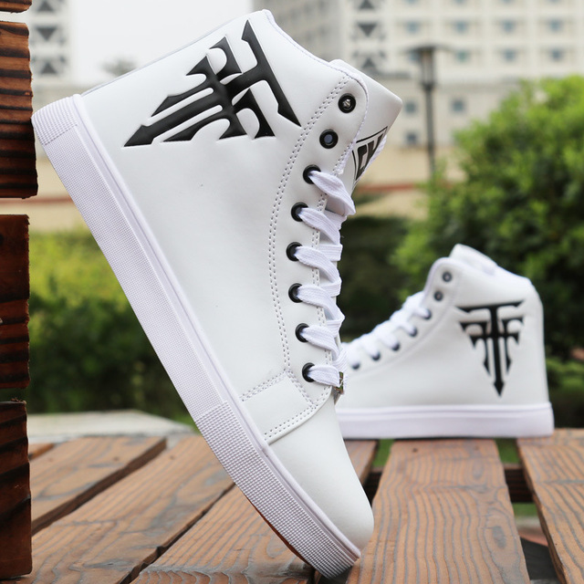 Fashion Men Skateboarding Shoes High Top Sneakers Breathable Sports Shoes White Shoes Street Shoes