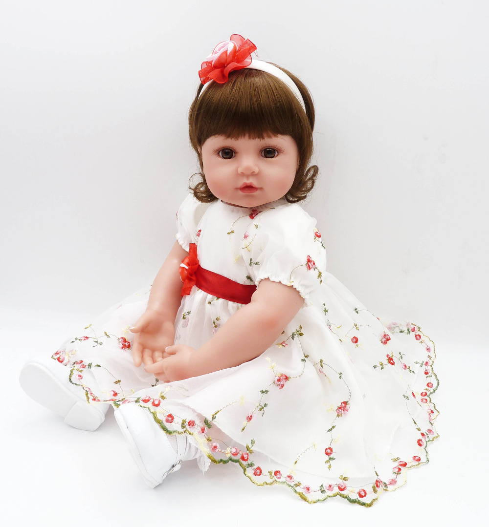 Dollhouse baby alive Girl Doll Beautiful dress for 56 cm reborn dolls Silicone toys Playmate Soft Body Bonecas Toys For Children