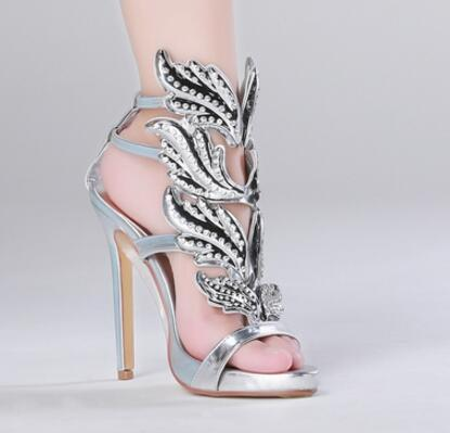 Hot selling silver metallic leather high heel sandal 2017 summer bling bling crystal embellished wings gladiator sandal
