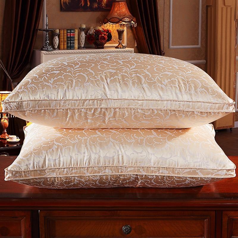 Kussens voor Slapen, Zijde Jacquard Wit Ganzendons Kussen Voor Side en Back Dwarsliggers Groothandel 48 cm x 74 cm
