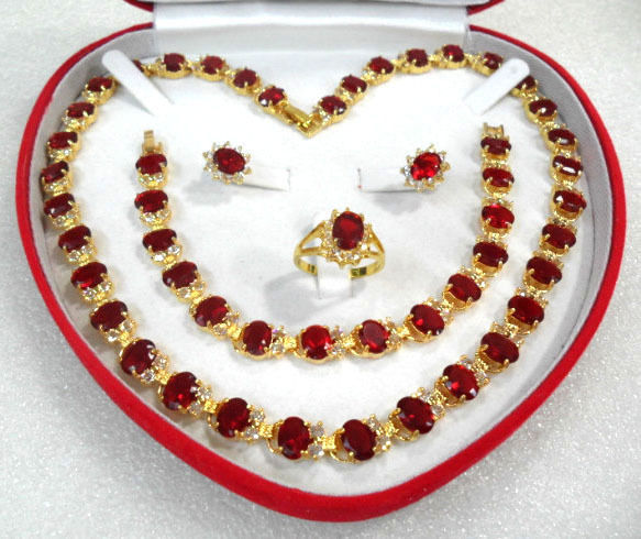 Livraison gratuite>>> charme & noble rouge zircon collier boucle d'oreille bracelet et anneau parures