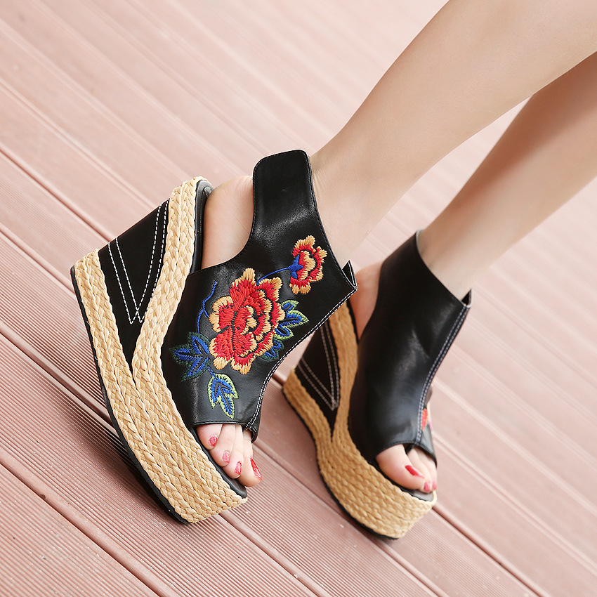 2018 Summer Ethnic Women's Wedge Sandals PU Peep Toe Sexy Embroidered Sandals For Women 11cm Super High Heels Sandals Woman ethnic embroidered black cami dress for women