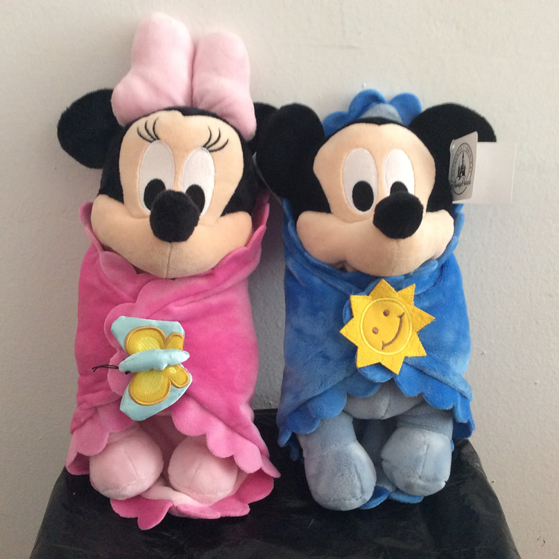 Cute Baby Mickey and Minnie Mouse with Blanket Plush Toys Mickey Mouse baby soft kids doll for Children Gifts 1 piece 35cm 13 7 mickey mouse plush toys doll for kids gifts