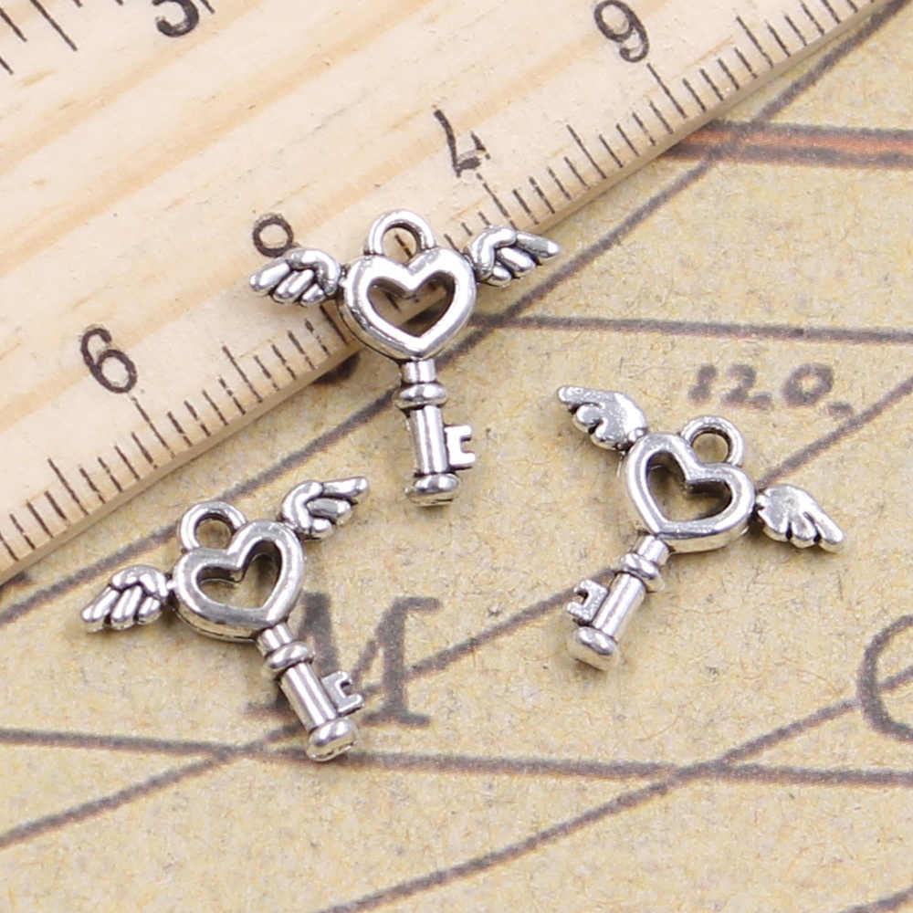 20pcs/lot Charms fly key 14x14mm Antique Silver Pendants Making DIY Handmade Tibetan Silver Finding Jewelry for Bracelet