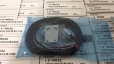 FREE SHIPPING LV-NH32 Laser sensorFREE SHIPPING LV-NH32 Laser sensor