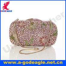 Free shipping!New beautiful flower diamond unique magnetic snap design crystal evening bag clutch bag for woman
