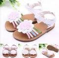 Baby girl fashion shoes shoes rosa blanca flor sandalias del bebé del verano