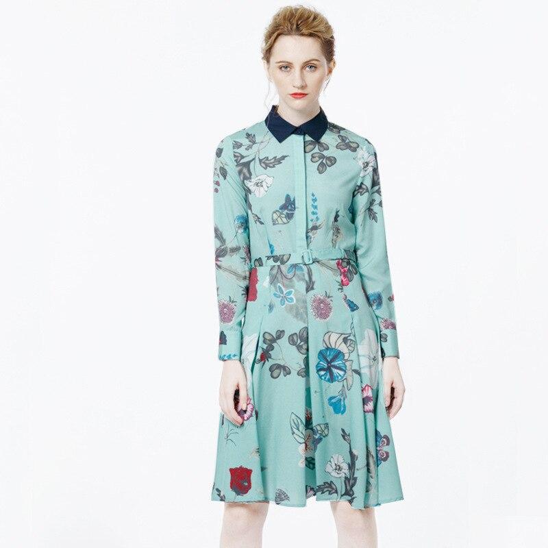 Yang Mi Star avec des robes en soie col de chemise à manches longues élégante longue robe impression verte cultiver sa moralité