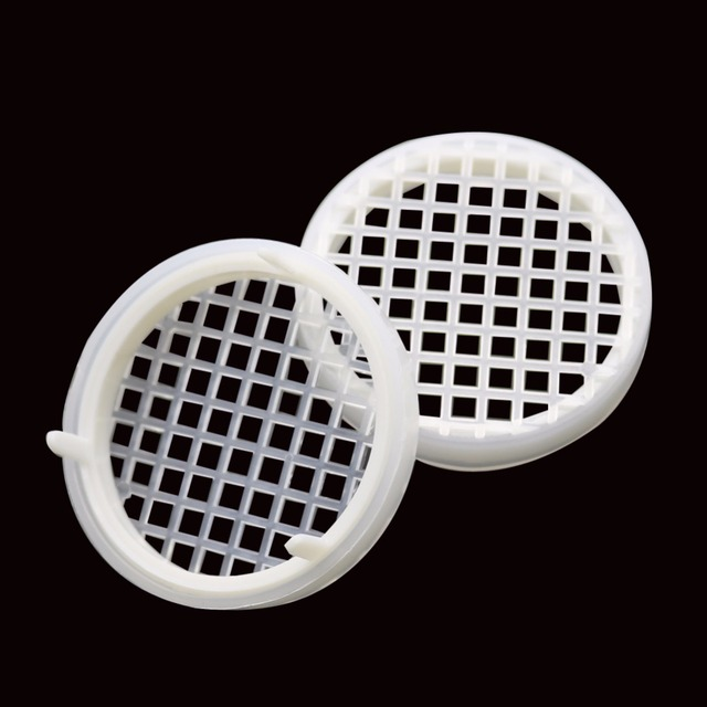 Free shipping 2017 New Latest infertility king cage Beekeeping King Cage Prisoners Plastic Beekeeping equipment wholesale