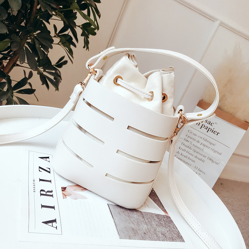 LEFTSIDE Drawstring Bucket Bag For Women 2020 Mini PU Leather Crossbody Bags Ladies Shoulder Bags Female Handbags Pure Color