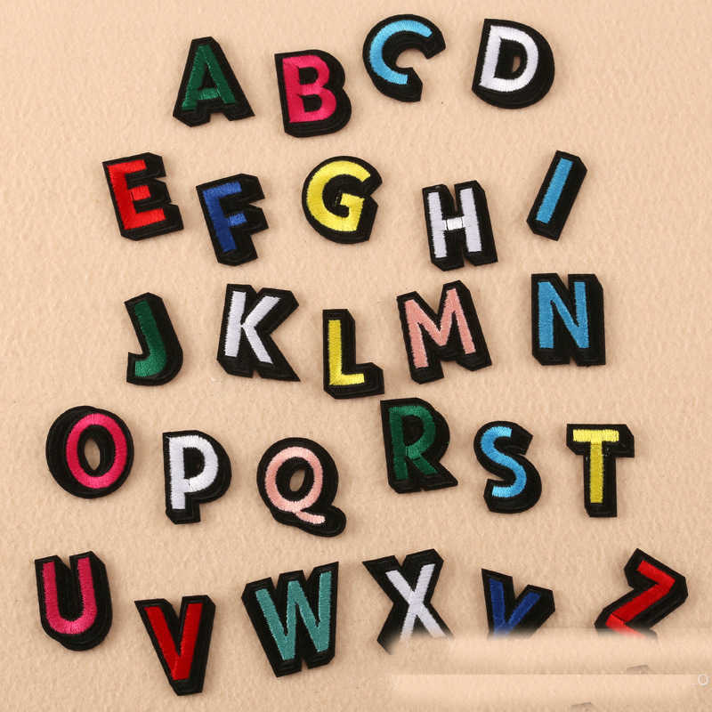 English Alphabet Patch Colorful DIY Handmade Bordir Besi Patch English Alphabet Surat Campuran Bordir Besi pada Patch