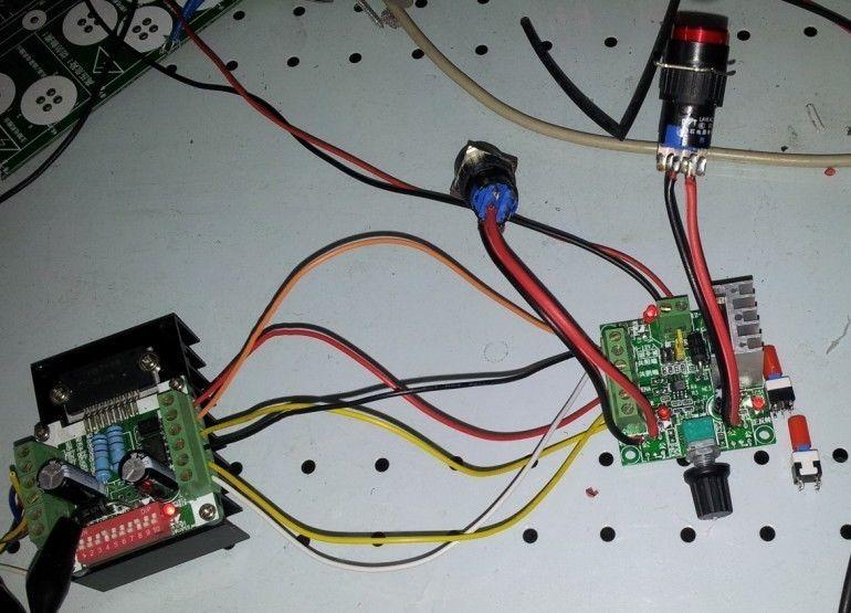 Stepper motor as generator for Stepper motor velocity control