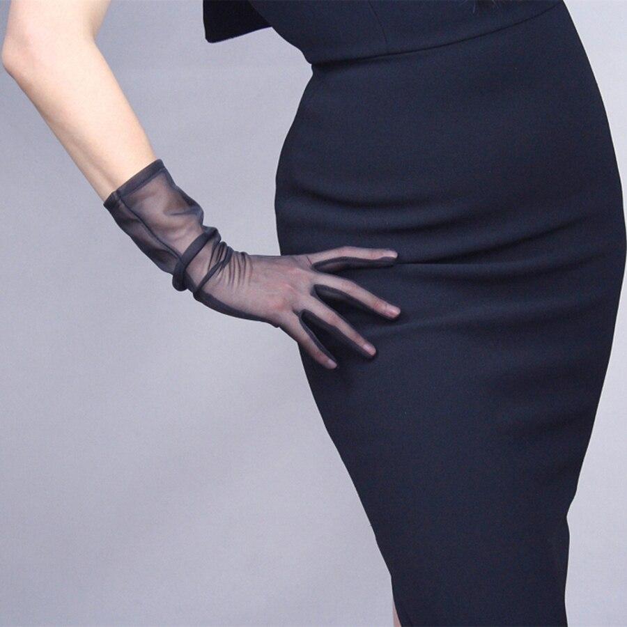 2018 Hot Mesh Gauze Lace Ultra-Thin Medium Long Section 35cm Women'S Black White Touch Screen Gloves TB29
