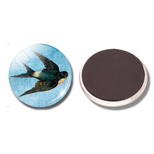 Swallow 30 MM Fridge Magnet Bird Animal Fly In The Sky Freedom Glass Dome Magnetic Refrigerator Stickers Note Holder Home Decor(China)